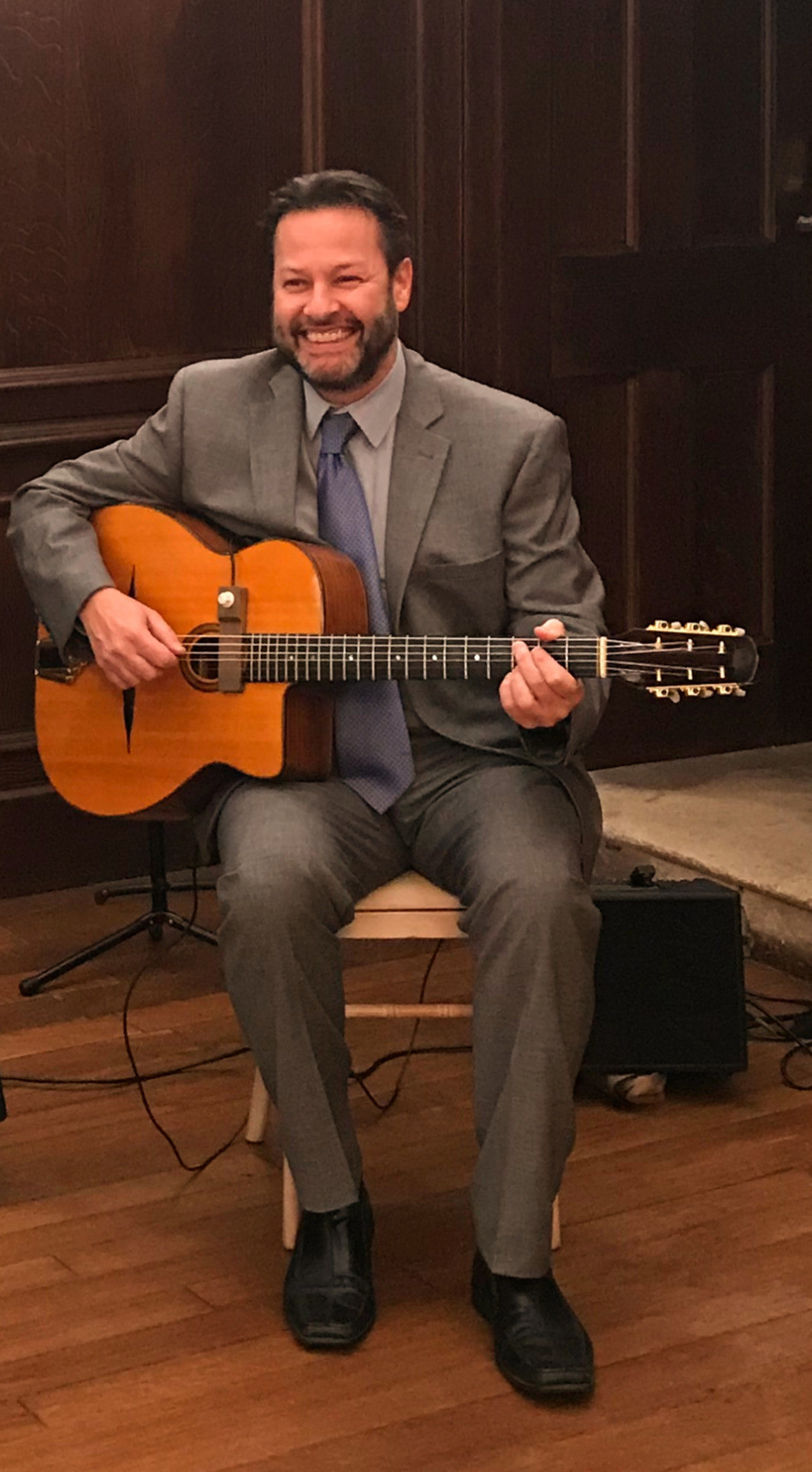Jonny Hepbir Solo Gypsy Jazz Guitarist
