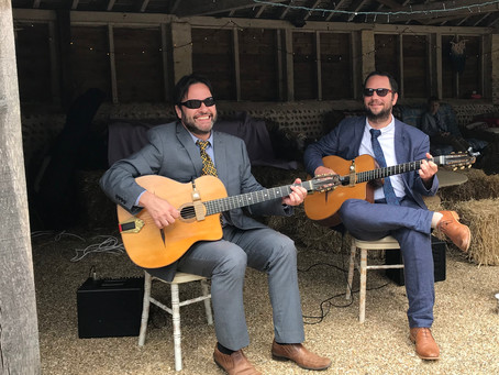 Kent Swing Jazz Guitar Duo Available To Hire | Book The Jonny Hepbir Duo For Private & Public Events