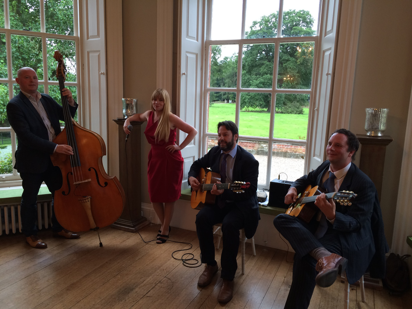 Jonny Hepbir Gypsy Jazz Quartet with Voc