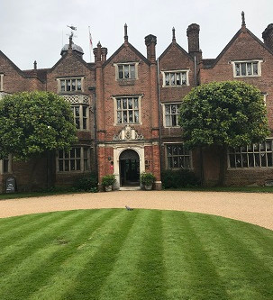 Jonny Hepbir Quartet Swing Jazz For A Summer Wedding At Great Fosters Hotel In Egham Surrey