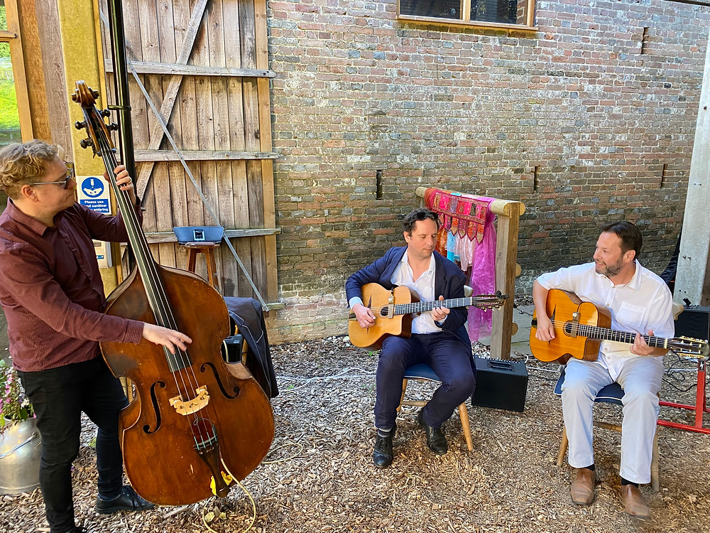 Jonny Hepbir Trio playing a Birthday party at Gipps Barn, Barcombe in East Sussex. Hire the Jonny Hepbir Gypsy Jazz Trio for an event in East Sussex