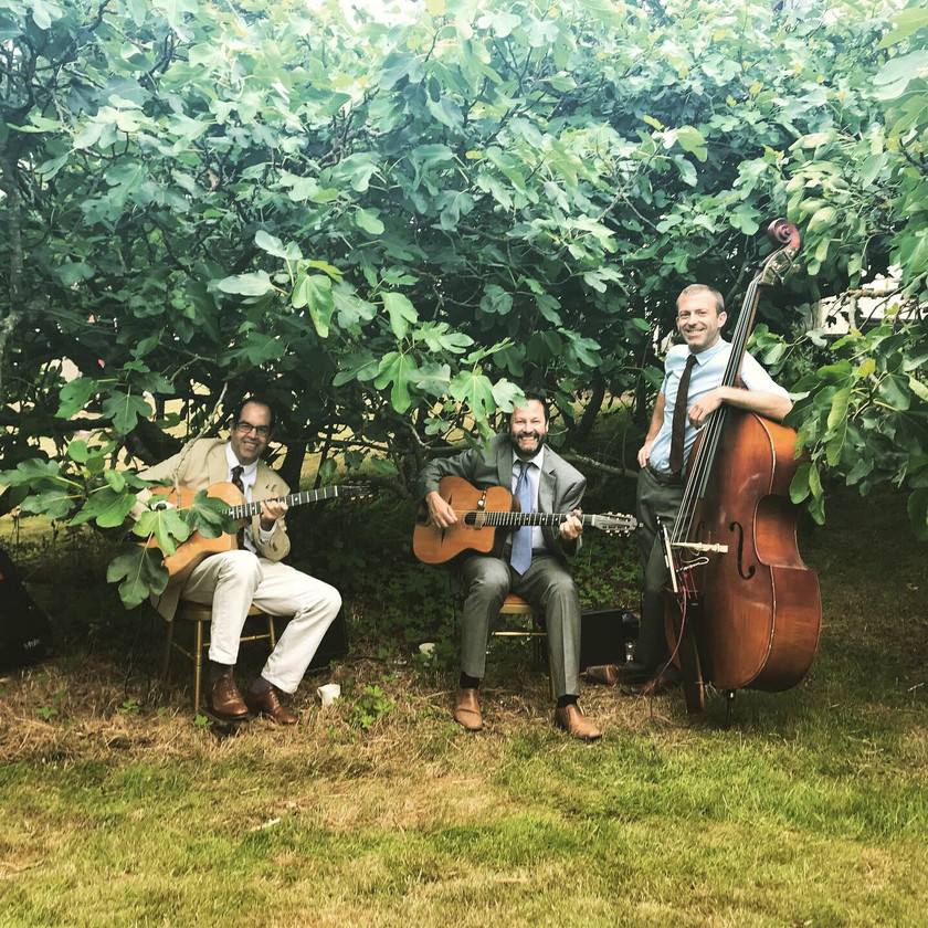 Jonny Hepbir Trio At A Vintage Themed Wedding Reception In Wormingford Essex