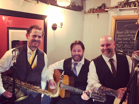 Jazz Band Hire In Margate | Metro Vipers Gypsy Swing & Jive Trio Play Live On BBC Radio Kent