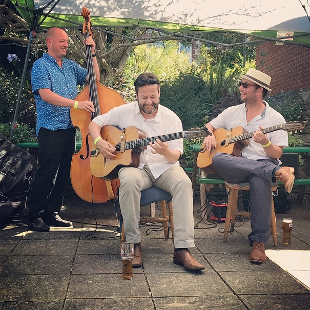 Jonny Hepbir Gypsy Jazz Trio At Swanage Jazz Festival In Dorset