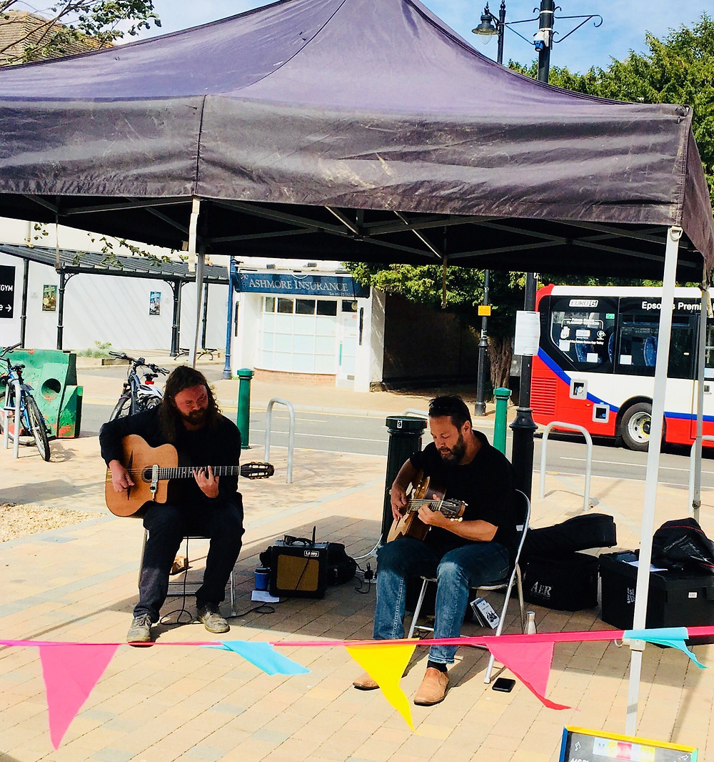 Jonny Hepbir Swing Guitar Duo At Epsom Marketplace