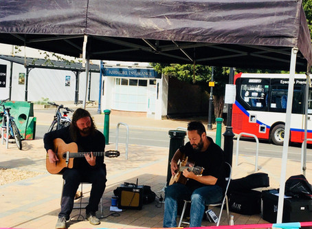 Swing Jazz Guitar In Kent & Surrey   Hire Jonny Hepbir Solo Or Duo For A Socially Distanced Event