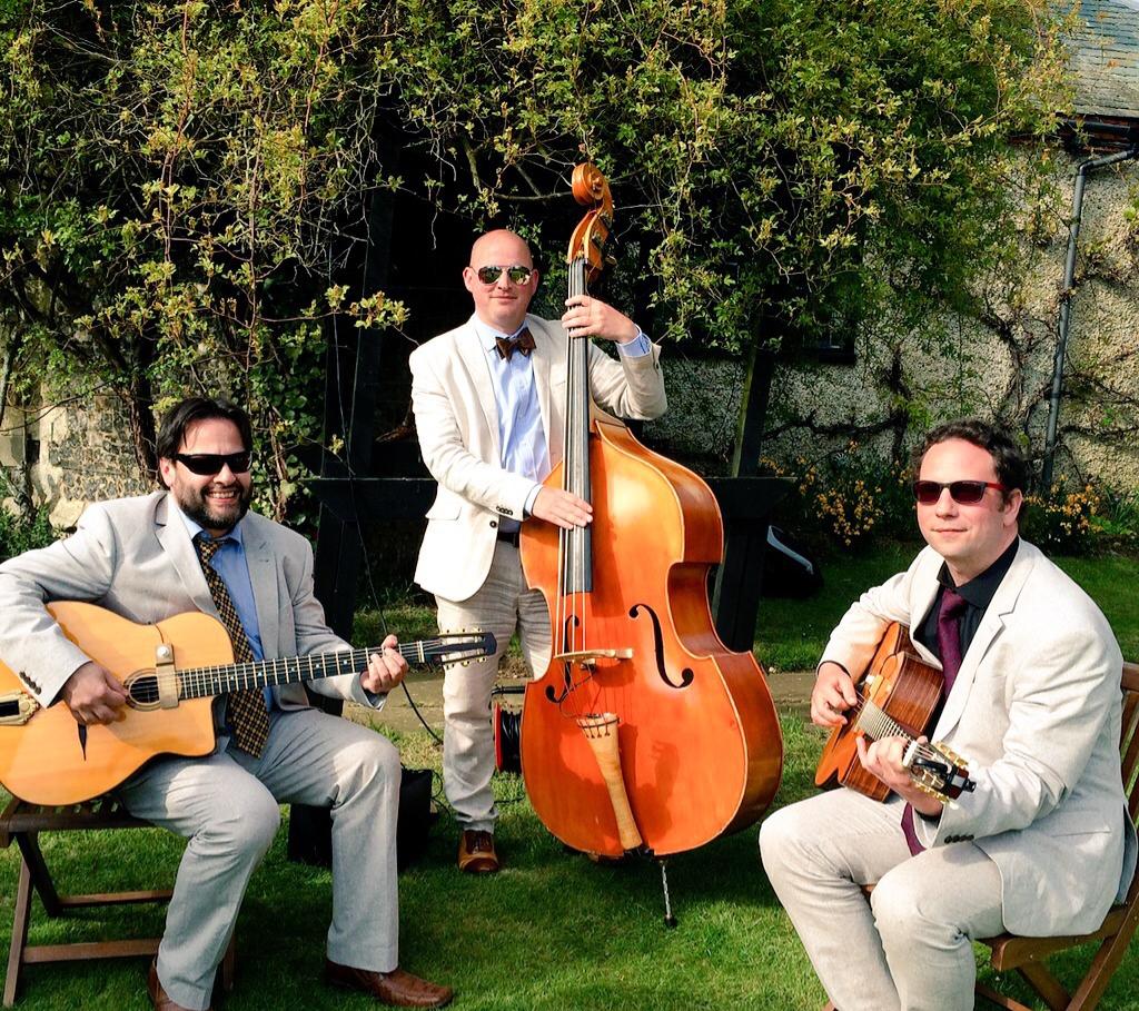 Jonny Hepbir Acoustic Jazz Band Hire In Canterbury