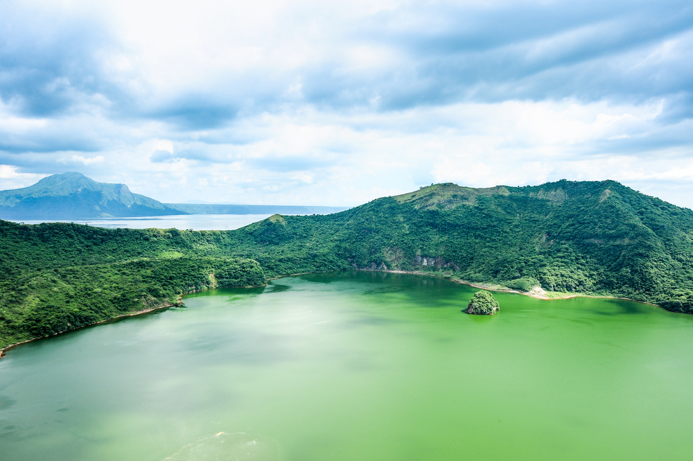 Lake crater at Taal volcano,Tagaytay cit