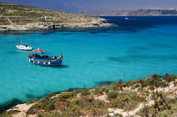 Iconic Travel - The Blue Lagoon on the t