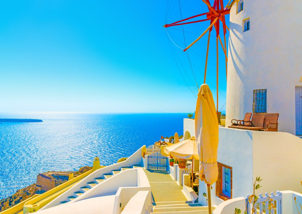 Oia-Thira-Santorini-island-Greece-Iconic