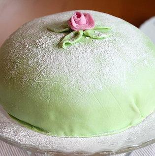 Swedish Princess cake (Prinsesstårta)