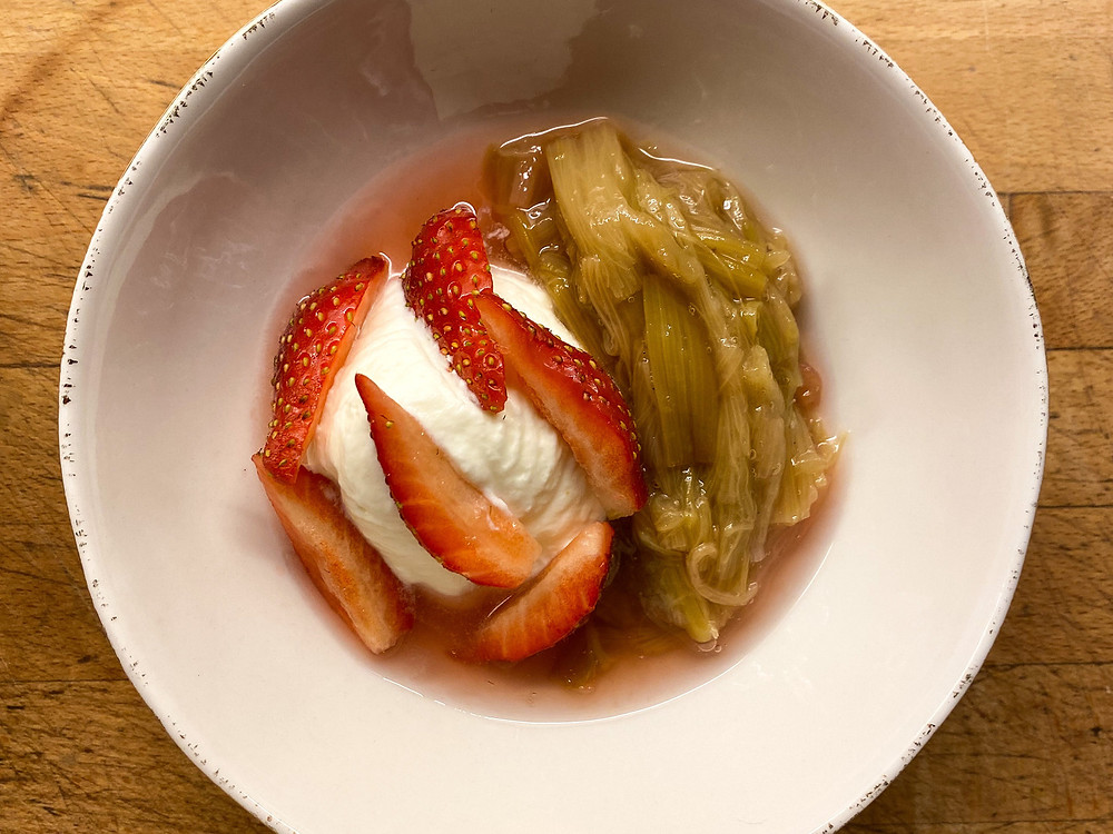 Fontainebleau fraise et rhubarbe