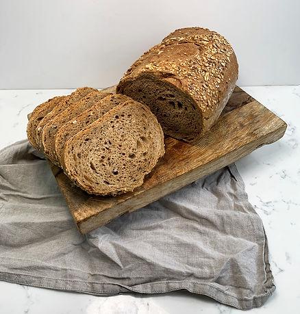 Multiseeds bread 1.jpg