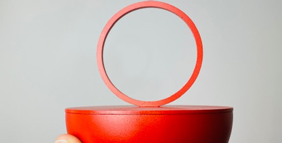 Minimalistic metal container red