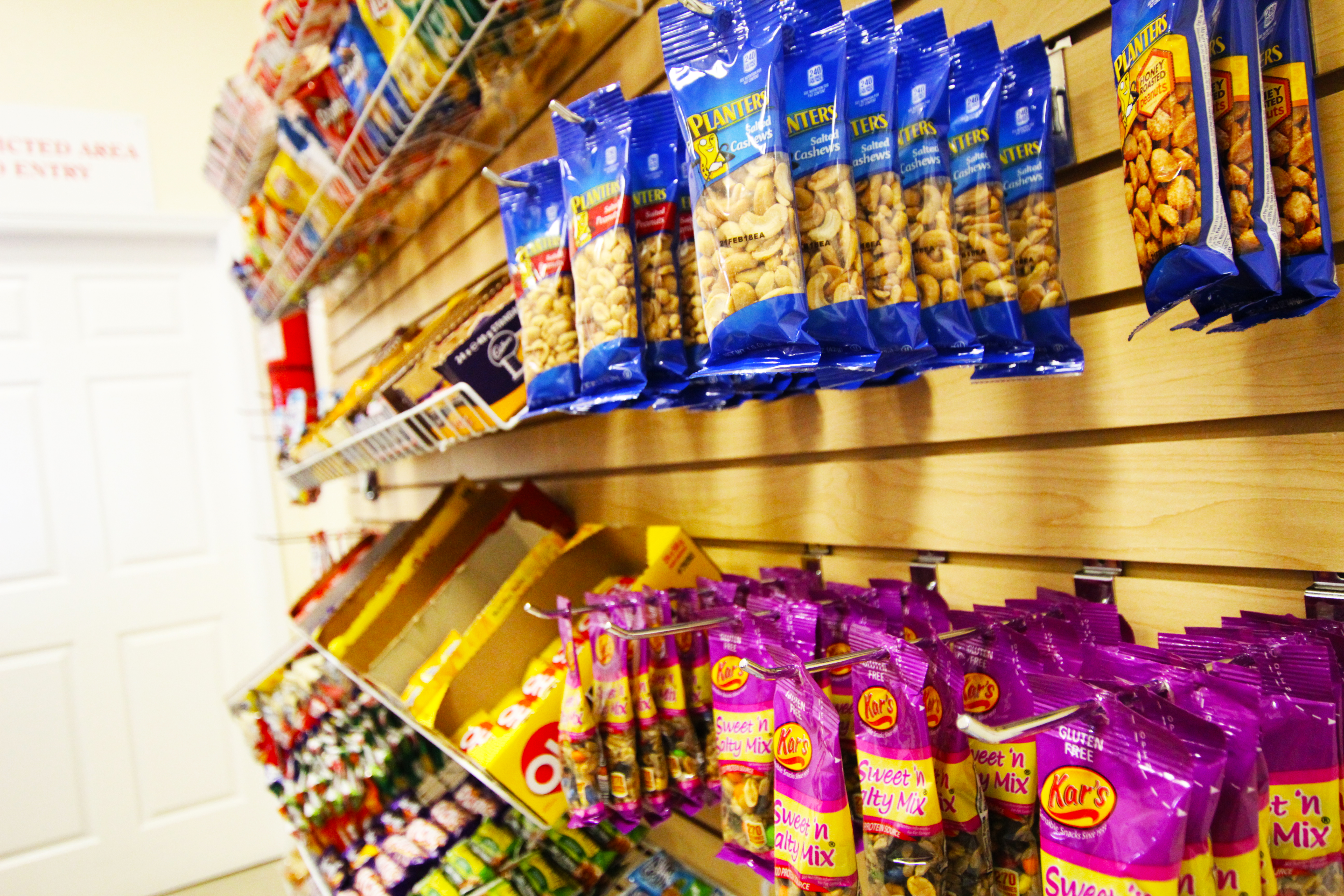 Western Air Snack Shop