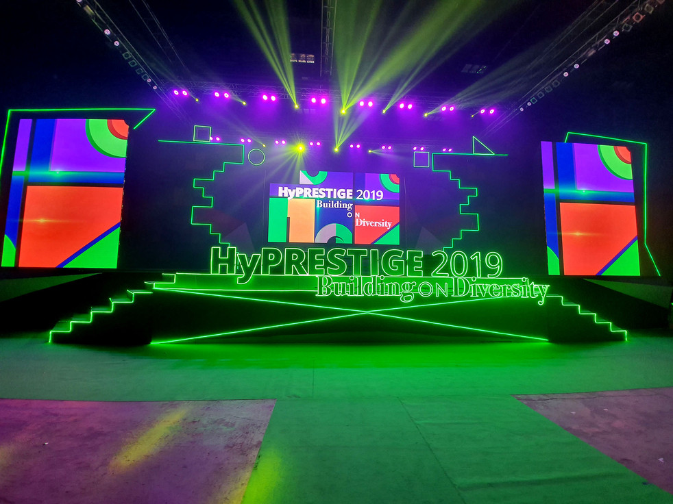 1-Hylife-Avenue Group-Event.jpg