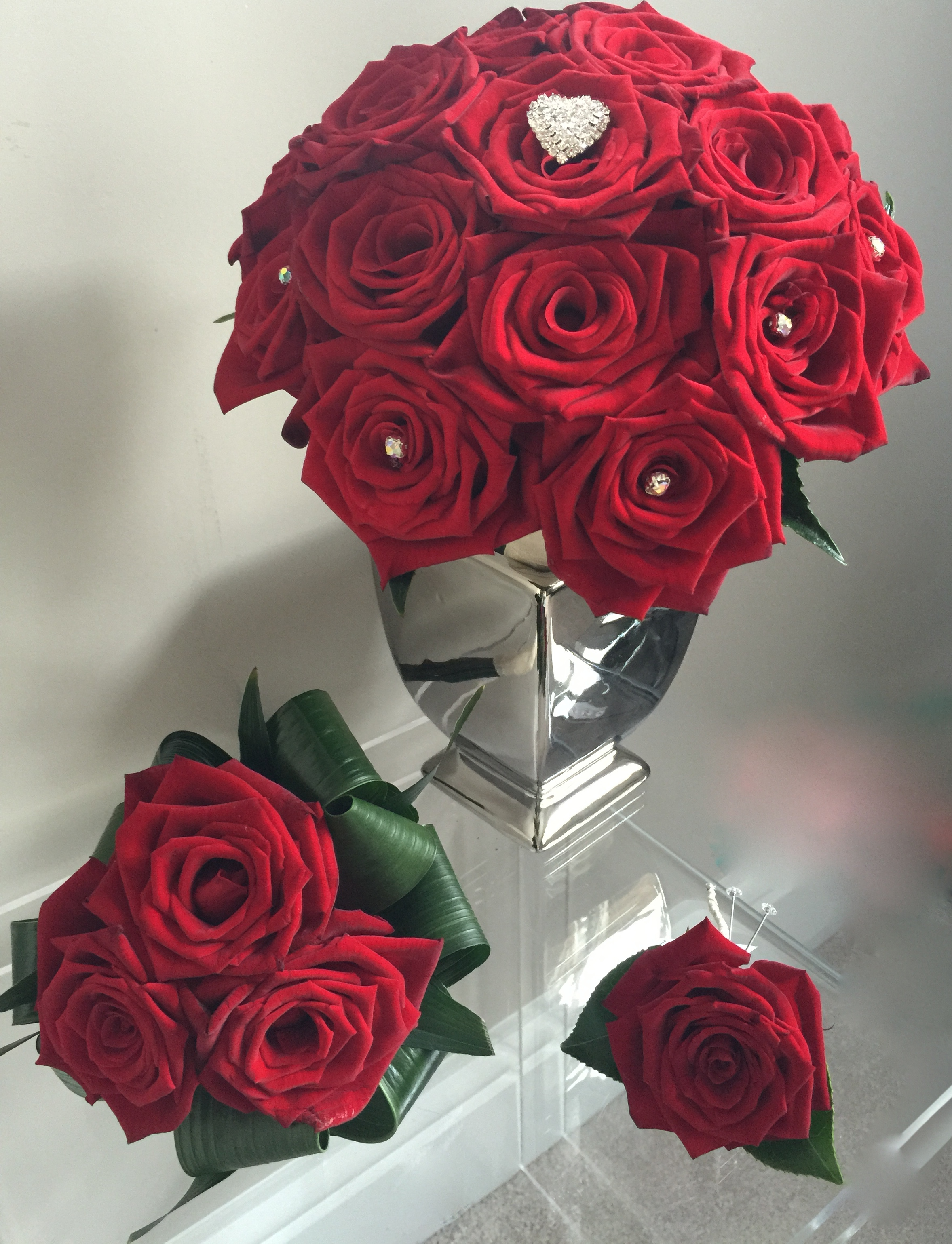 Red rose bridal flowers