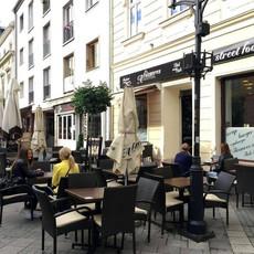 A fűszeres Feinkost & Café