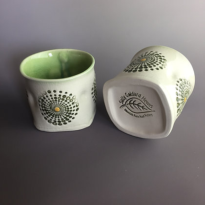 Spiral cups (1 cup available)