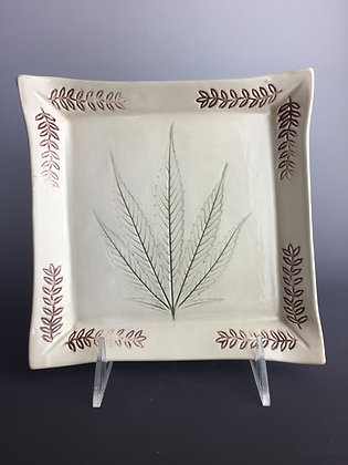 Pot leaf dish