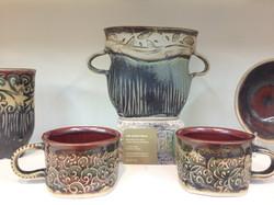 Vase & Mugs