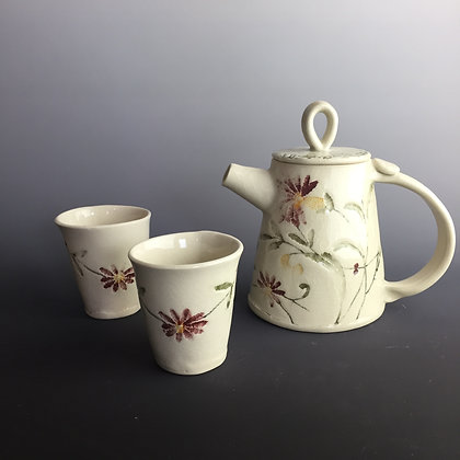 Mini Teapot floral Lace w/ 2 little matching cups