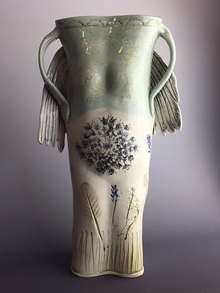 She Pot with wings