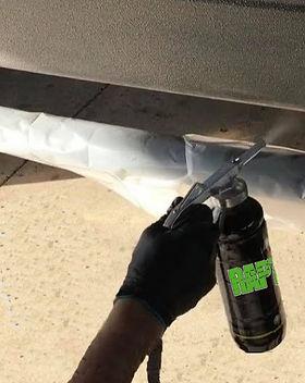 Spraying%20Raptor%20Liner%20final_edited