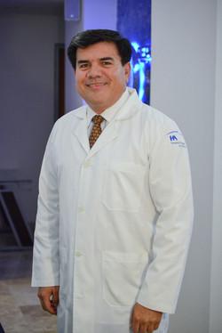 Dr. Elías Cordova Sastre