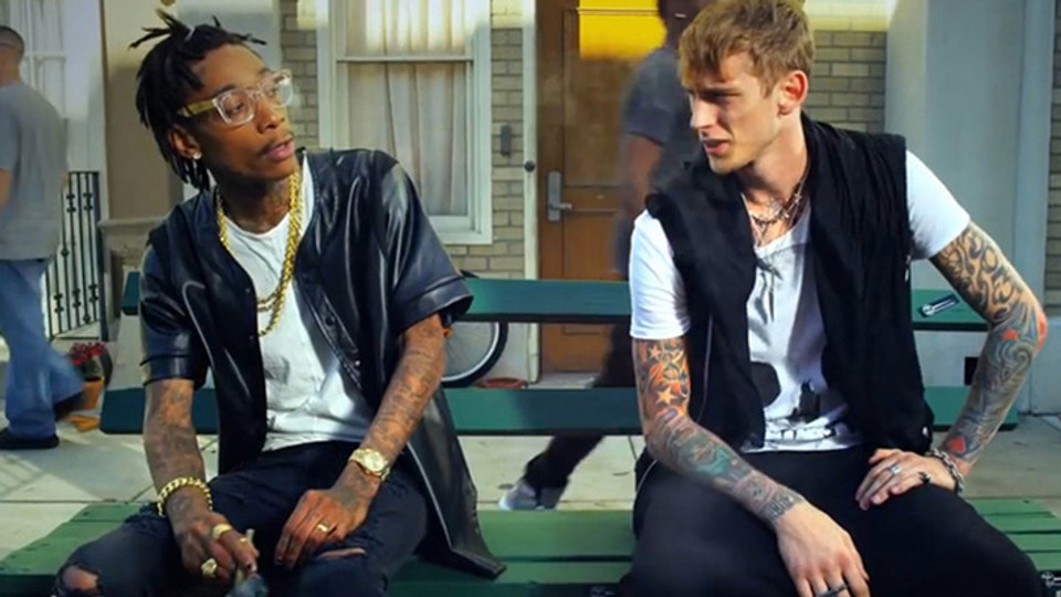 MGK feat. Wiz Khalifa - Mind Of A Stoner