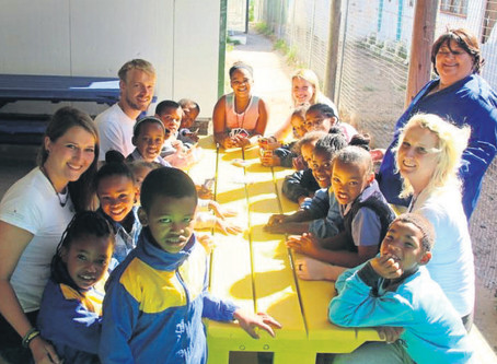 Duitsers sit hand by in laerskool in Paternoster