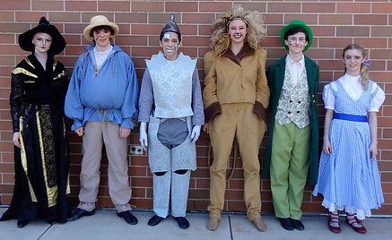 Wizard of Oz YPE dorothy cowardly lion scarecrow tin man oz costume set rental