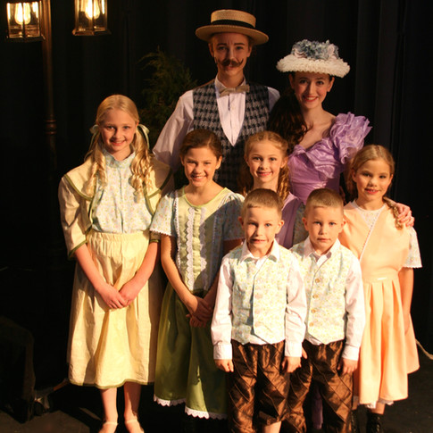 Alma & Oliver Hix & family from The Music Man Jr