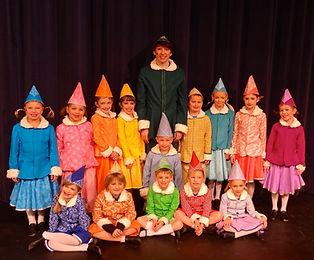 Elf Jr costume set rental