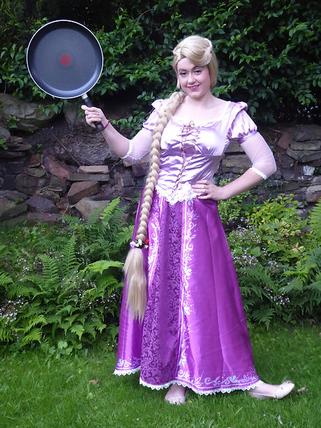Rapunzel's favourite activity in our 90 minute birthday package is the craft activity!