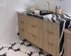 Gianni Mosaic Install - Palm Beach - Michelle Gerson_edited