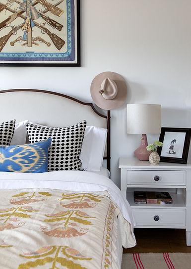 Lauren-Bedroom-Bedside-WEB.jpg
