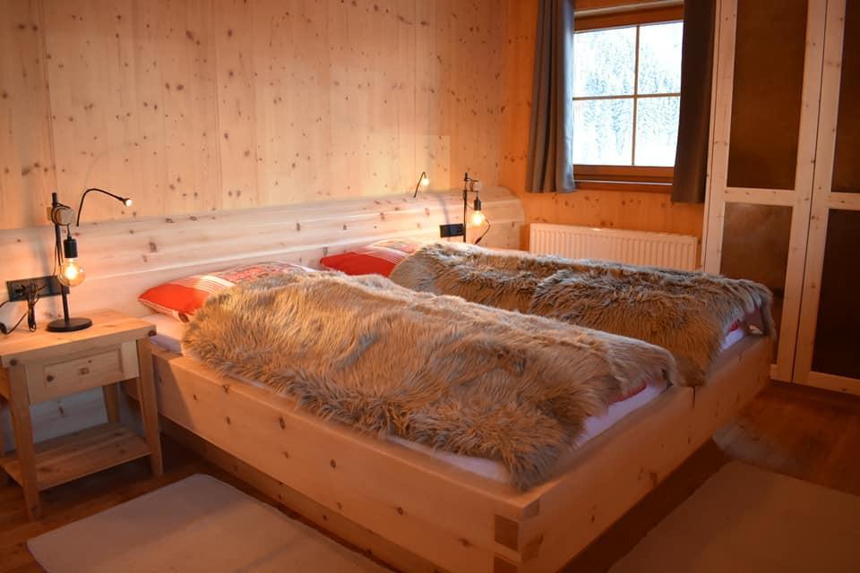 Vefas Schlafzimmer 1.jpg