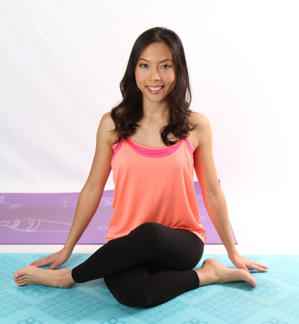 3 Simple Yoga Poses to Clear the Money Chakra