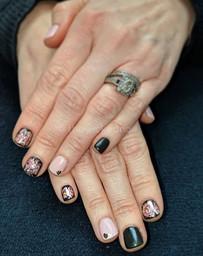 black and pink dip powder nails