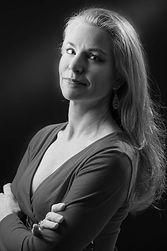 Professional belly dancer and instructor Jensuya Jennifer Carpenter-Peak