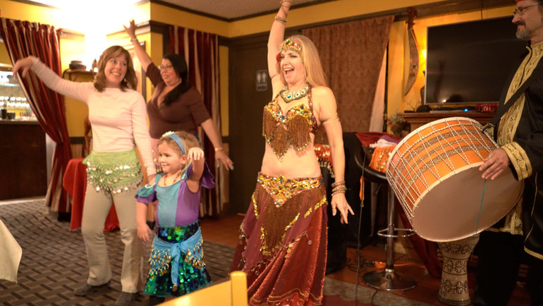 Jensuya Belly Dancing with Family at Alfredo's