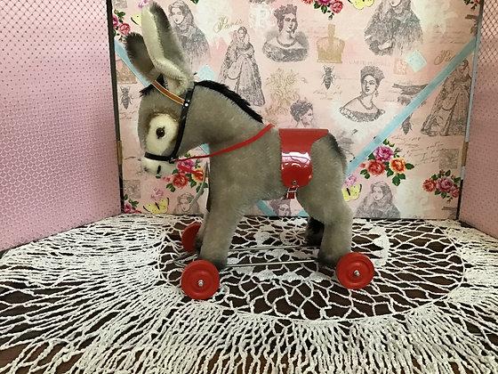 Donkey Pulltoy
