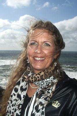Wendy Portrait 2 3rds.jpg