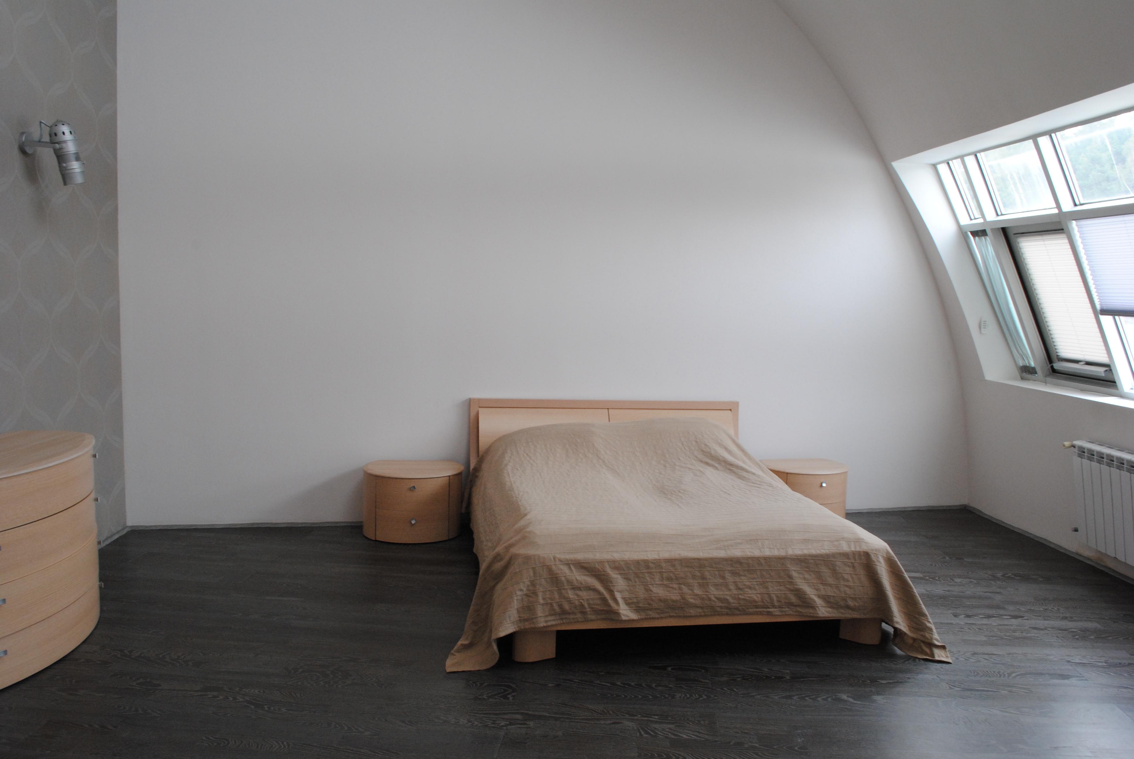Апартамент №2 (2эт.) спальня большая