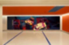 artiste zoer zoerism peinture acrylique de voitures dans caisse à jouets avec une citroen cx a armancette hotel france 2019