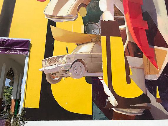 Artiste zoer zoerism detail fresque en acrylique de un temps suspendu representant des voitures en volume rabat maroc 2018