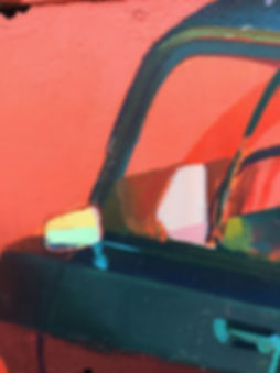artiste zoer zoerism detail de retroviseur de peinture acrylique réaliste de voitures en bas relief sur epave de bus 2019