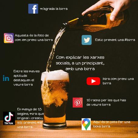 Com explicar les xarxes socials, a un principiant, amb una birra