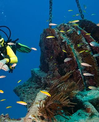 scuba diving near pentalago